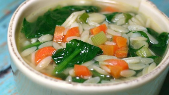 Photo of Easy Spinach Soup by JULBREN1020