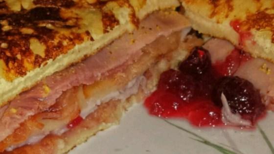 Monte Cristo Sandwich with Bacon