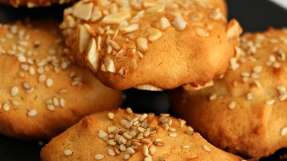 Ancient Honey Cakes (Rice Flour Cookies with Nuts or Poppy Seeds)
