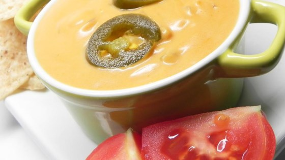 Nacho Cheese Sauce with Jalapeno