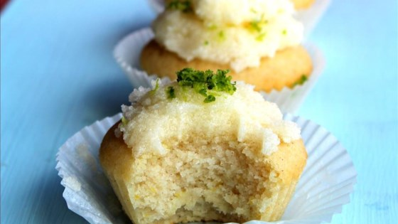 Photo of Gluten-Free Lemon Cupcakes by squeeziebrb