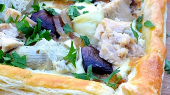Photo of Tuna Tart with Mushrooms and Artichokes by Bumble Bee