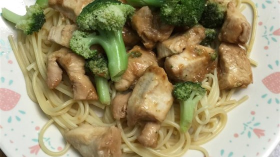 Photo of Chicken Lo Mein with Broccoli by mandasannie