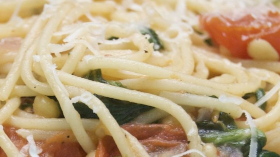 Photo of High-Protein Spaghetti with Spinach and Tomato Sauce by CTom