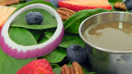 Photo of Spinach-And-Berries Salad With Non-Fat Curry Dressing by USA WEEKEND columnist Jean Carper