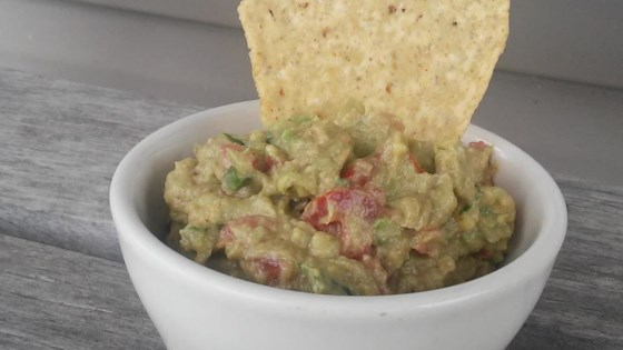 Photo of Creamy, Spicy Guacamole by user0220