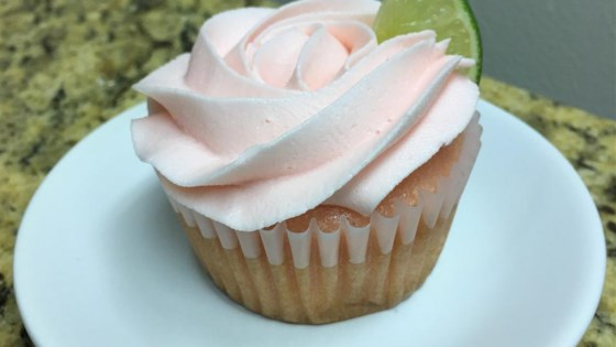 Photo of Frosted Pink Lemonade Cupcakes by StaceyM
