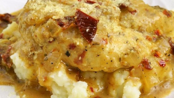 Photo of Easy Creamy Chicken in a Sun-Dried Tomato Wine Sauce by Idahoan
