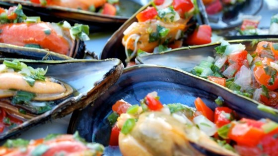 Photo of Mussels Vinaigrette by CHEFNONIONS
