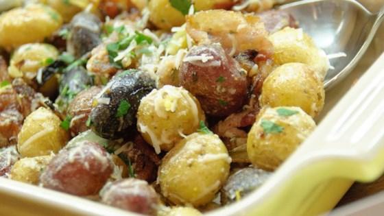 Photo of Farmhouse Roasted Potatoes by Potato Goodness