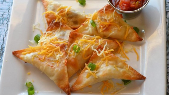 Photo of Baked Jalapeno Chicken and Cheese Wontons by Lela