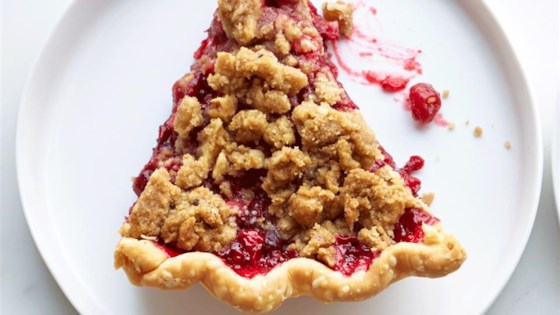 Photo of Cranberry Streusel Pie by Nils
