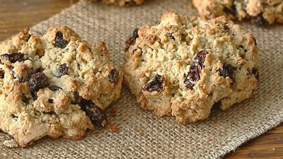 Photo of Vanishing Oatmeal Raisin Cookies by Quaker®