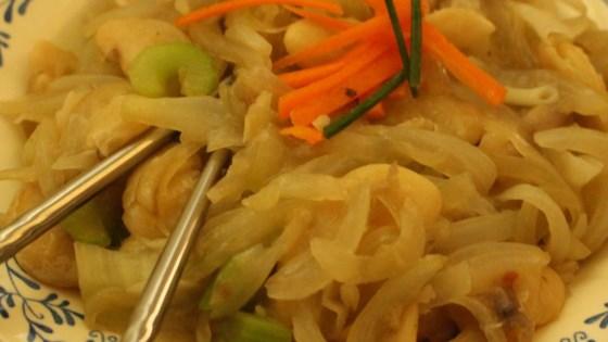Photo of Vegan Chow Mein by SadieTheVeganLady