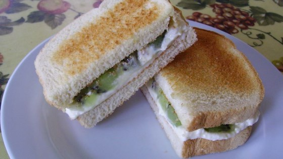 Photo of Creamy Kiwi Sandwich by Sydny