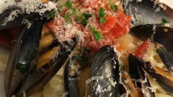 Photo of Garlic Wine Mussels  by PrairieGirl