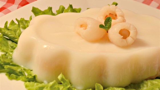 Photo of Almond Jell-O® with Lychee by Kimmee