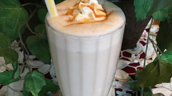 Photo of Creamy Banana Milkshake by Nilla&PoptartBaking