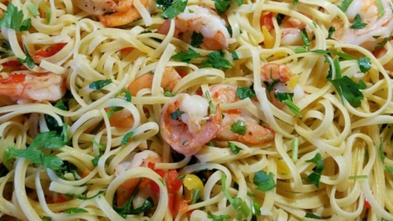 Photo of Scrumptious Shrimp Scampi Linguine by misteme