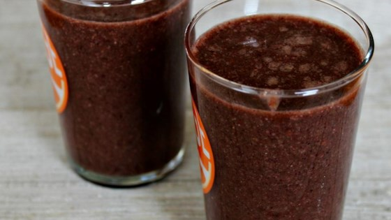 Photo of Blueberry Vanilla Graham Protein Smoothie by veggiesbycandlelight.com
