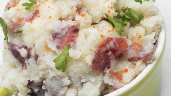 Photo of Vegan Mashed Potatoes (Low-Fat) by vegeblonde