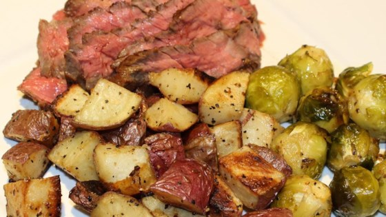 Photo of Grilled Skirt Steak with Roasted Potatoes by Elizabeth