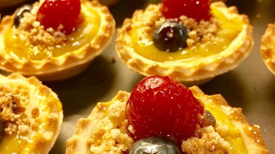 Photo of Raspberry Streusel Tart by JJOHN32