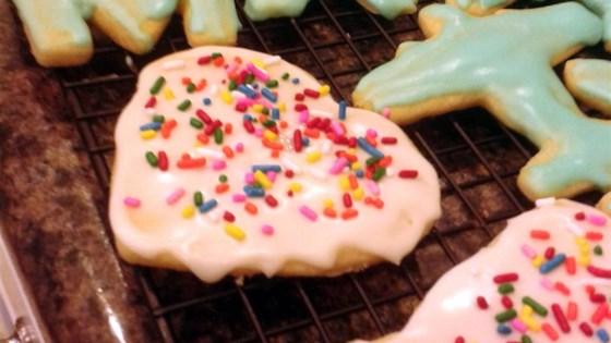 Photo of Shiny Cookie Icing by VeganCourtney
