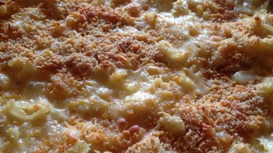 Mom's Favorite Baked Mac and Cheese Recipe - Allrecipes.com