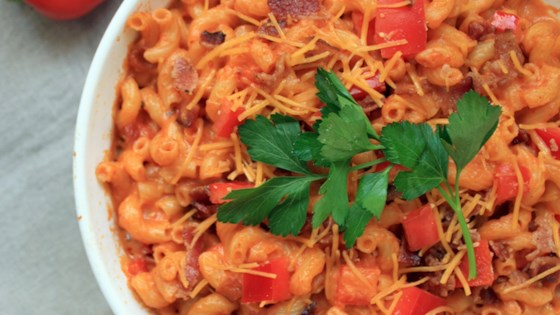 Red Hot Chipotle Bacon Mac and Cheese