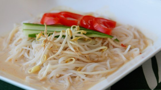 Photo of Korean Soybean Noodles (Kong Kook Su) by starwell
