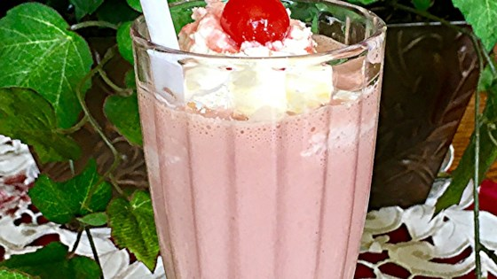 Photo of Banana Split Milkshake  by goodcook94