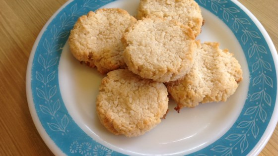 Photo of Low-Carb Almond Coconut Sandies (Keto, Gluten-Free) by Melanie