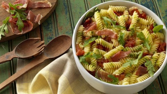 Photo of Barilla® Gluten Free Rotini with Basil Pesto, Arugula, Roasted Tomatoes and Crispy Prosciutto by Barilla Canada