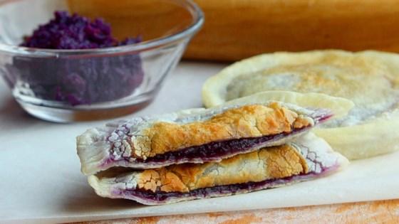 Photo of Purple Sweet Potato Cakes by duolaimi