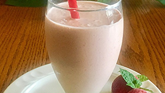 Photo of Strawberry-Banana-Peanut Butter Smoothie by Cynthia