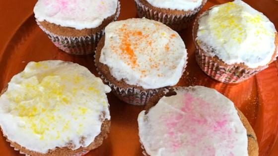 Moist Vanilla Cupcakes Recipe