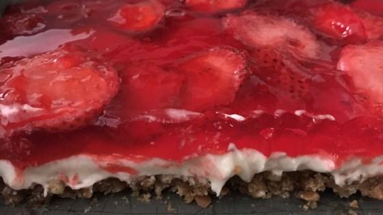 Photo of Strawberry Pretzel Pie by IMJEN2