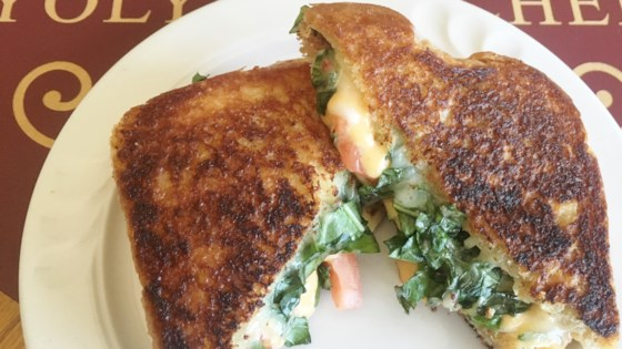 Photo of Three-Cheese and Basil Grilled Cheese Sandwich by Yoly