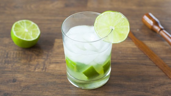 Photo of Caipirinha de Limo Tradicional (Classic Brazilian Cocktail) by pri_costa