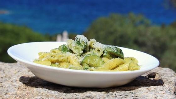 Photo of Gnocchetti Sardi in Pesto Leggero di Zucchine (Zucchini Pesto Pasta) by tea
