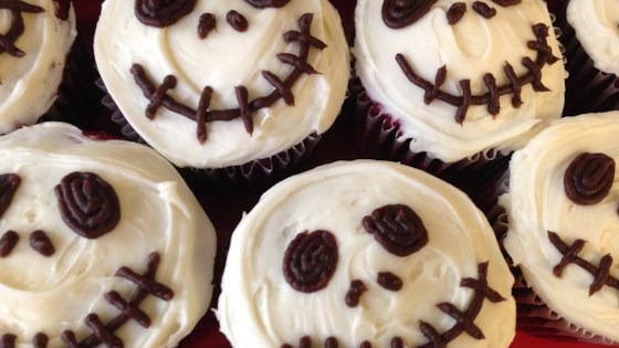 Creepy Halloween Skull Cupcakes Recipe