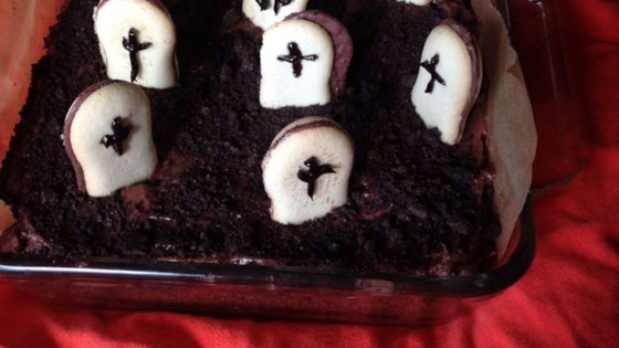 Photo of Graveyard Cake for Halloween by barbara