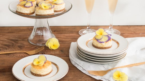 Photo of Mini Lemon Mascarpone Cheesecakes by In The Raw