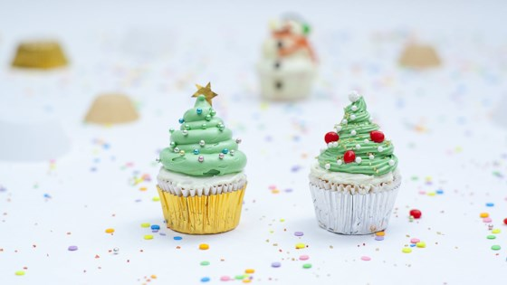 Photo of Christmas Tree Cupcakes by Kris