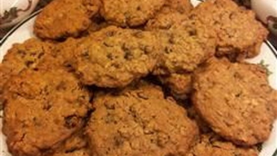 Photo of Gluten-Free Egg-free Oatmeal Chocolate Chip and Raisin Cookies by hopeconnex