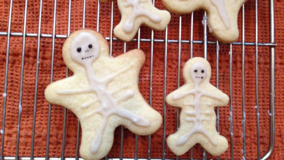 Photo of Halloween Skeleton Cookies by sterubawi05