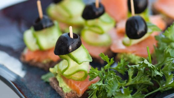 Festive Finger Food with Smoked Salmon and Olives