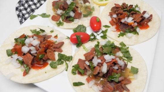 Photo of Tacos de Carne Asada by HANNAHMONSTER