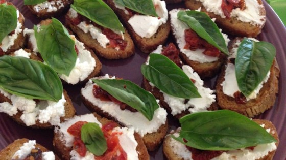 Crostini with Goat Cheese, Sun-Dried Tomatoes, and Basil